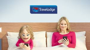 Receive a £5 Starbucks or Amazon.co.uk Gift Card with Travelodge Bookings from £35